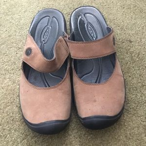 Backless Brown Keen Shoes